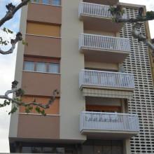 Bloc de pisos a Bellvís